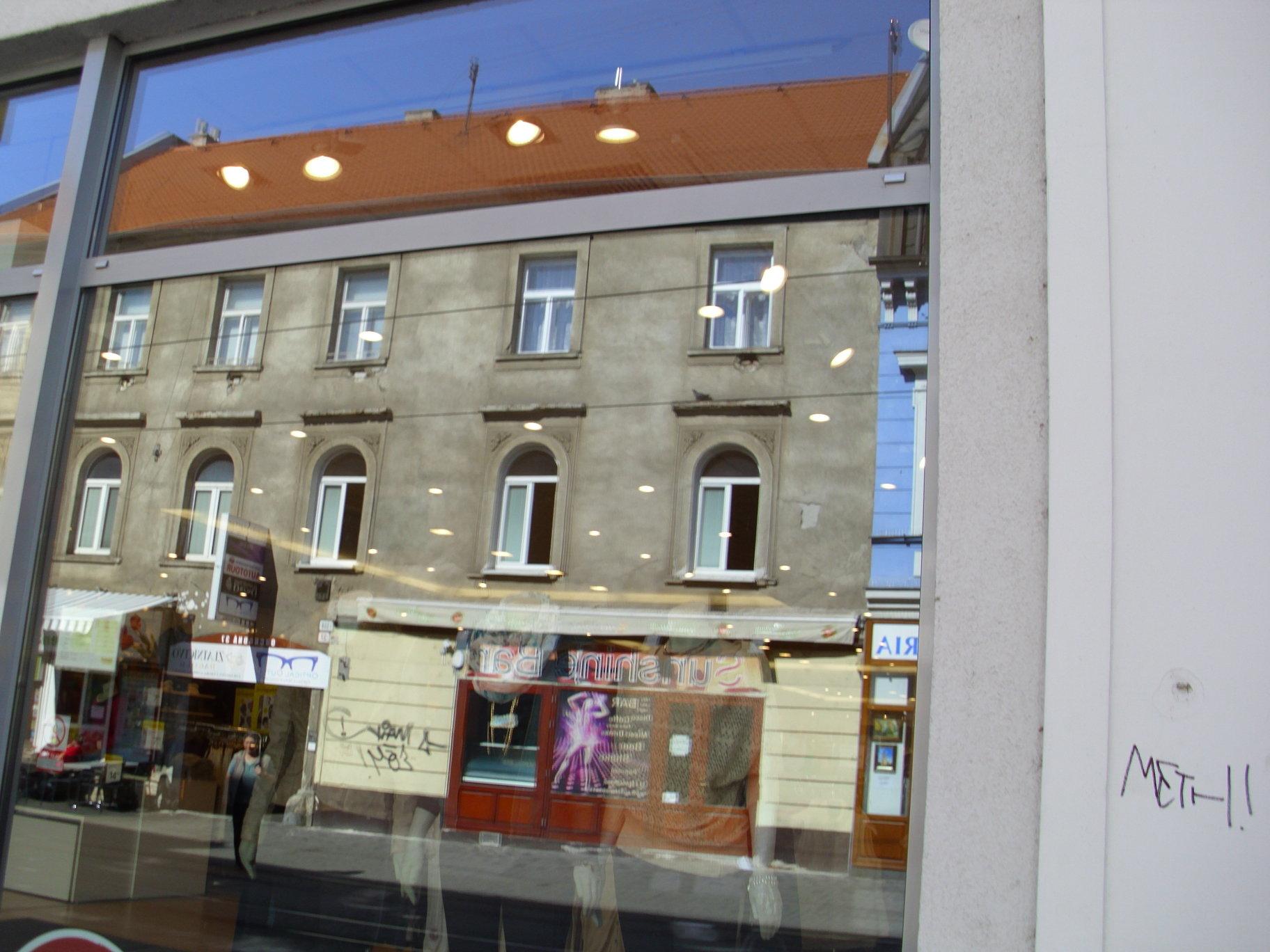 Umývanie výloh, odstraňovanie fólií apolepov Bratislava