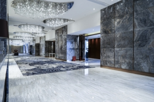 čistenie mramorových podláh